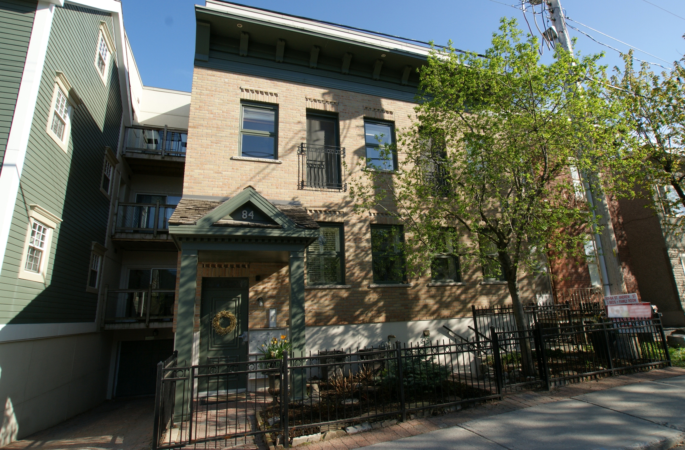 201-84 St. Andrew St – Sold June 2018