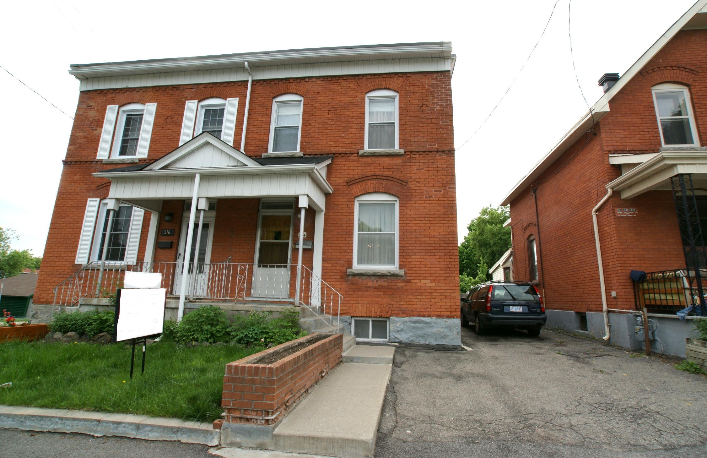 214 Cambridge Street N – Sold June 2018