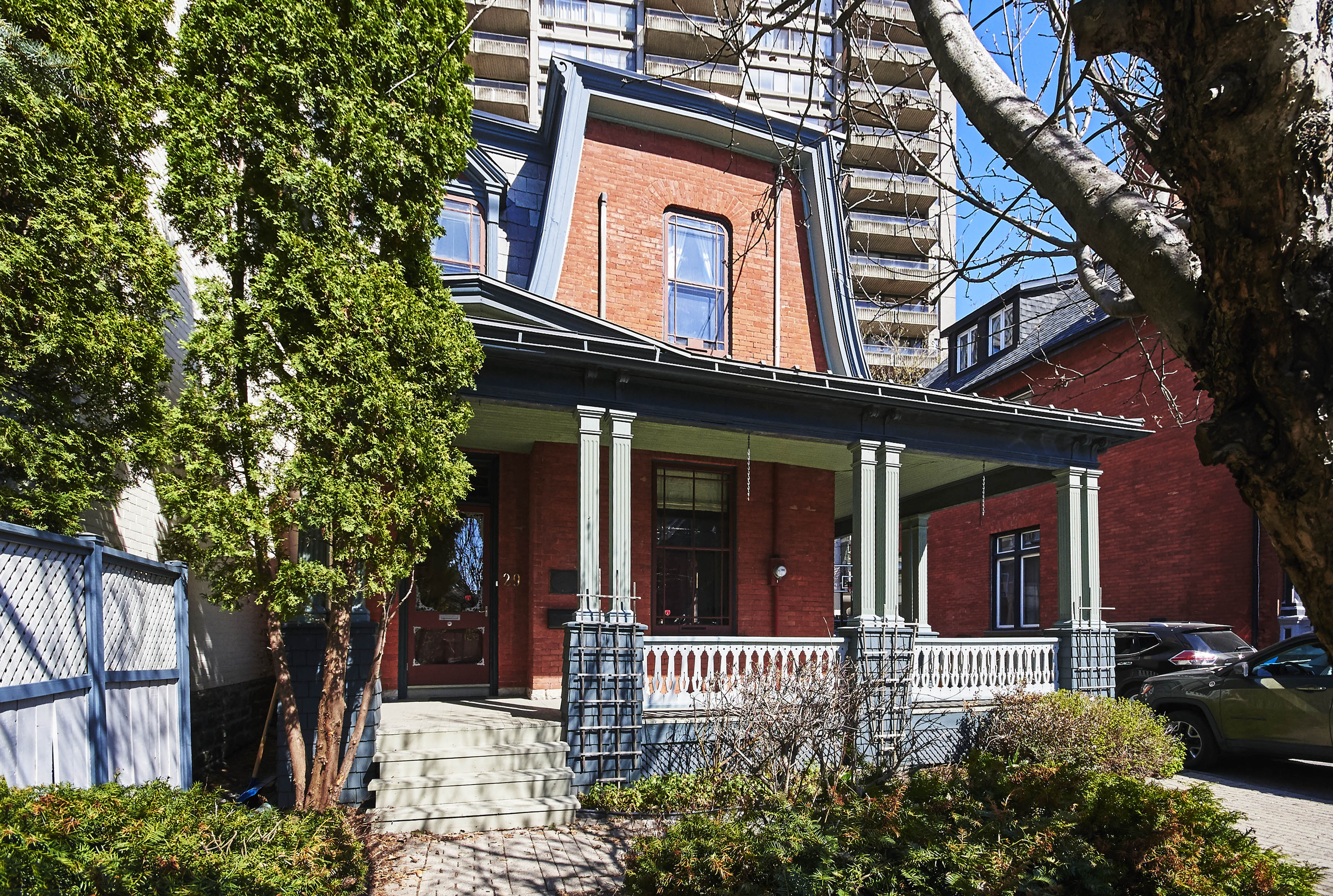 29 Somerset St W – Sold May 2018
