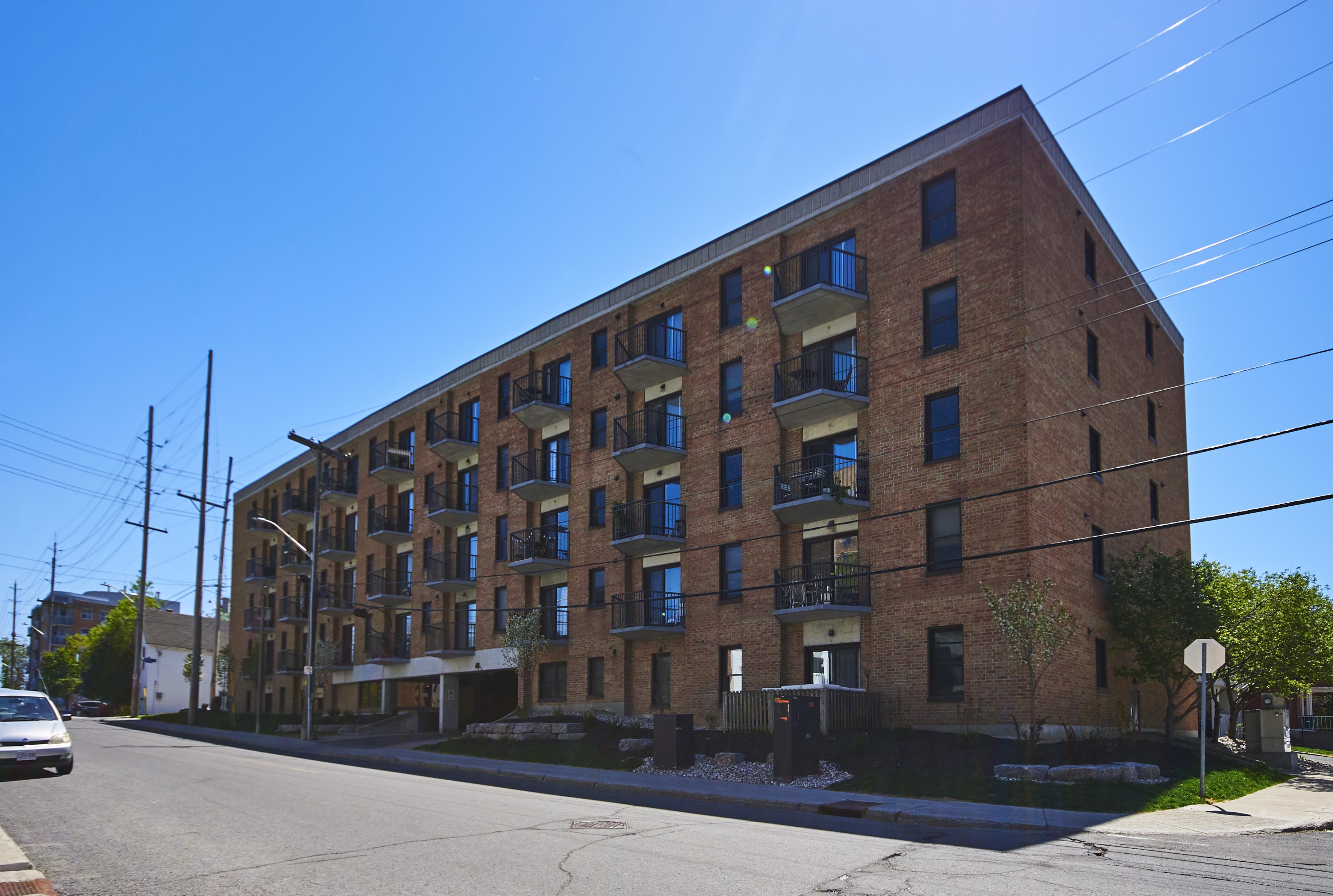 503-50 Burnside Avenue – Sold June 2020